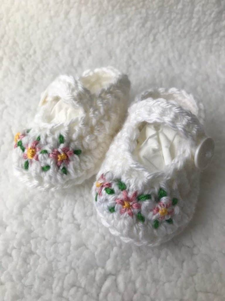 18 Meaningful Baptism Gift Ideas For a Boy - Baptism Infant Booties Shoes