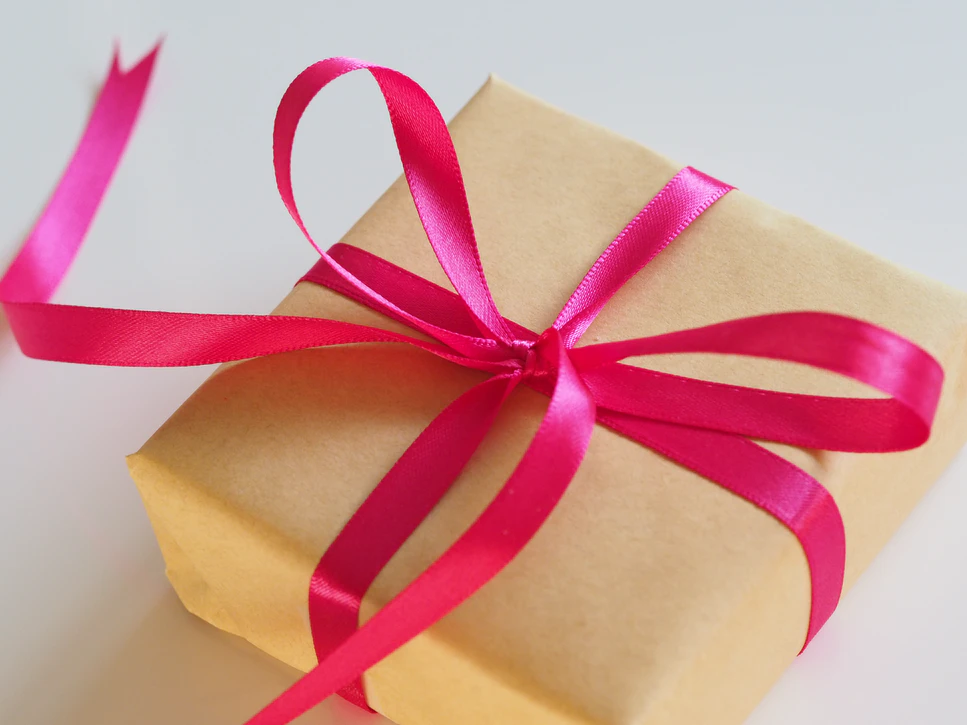 Best Gifts to Cheer Up Your Friends and Loved Ones in Isolation